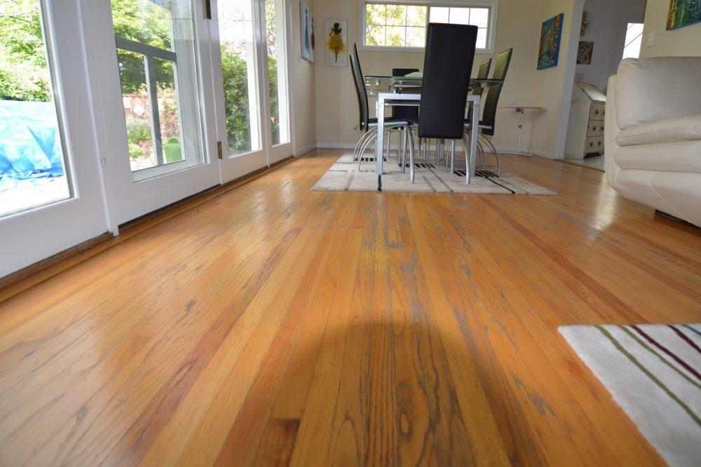 Living room before redo